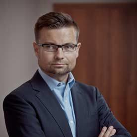 prof. dr hab. Sławomir Smyczek