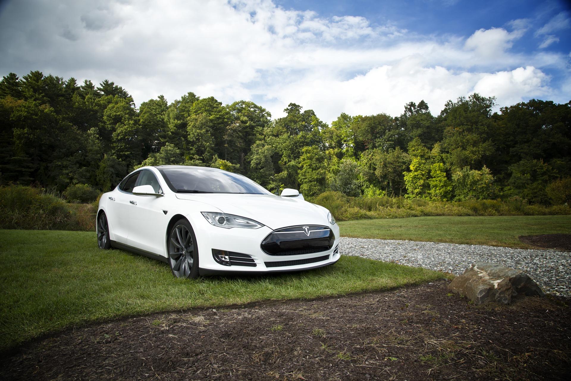 Autonomiczne ielektryczne pojazdy stają się normalnością