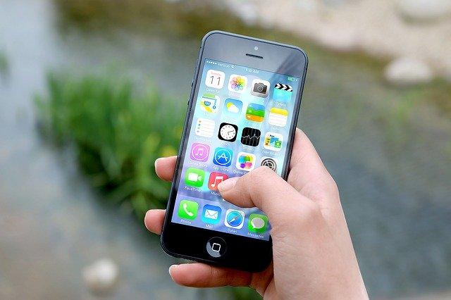 Apple postrzegane jest jako idealny przykład lovemarek