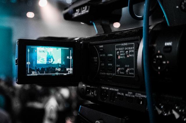 Użycie filmów wprocesie pozyskiwania leadów