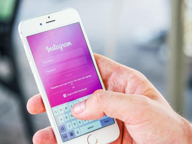 Jak użytkownicy Instagrama przedstawiają autentyczność – co mówią otym publikowane przeznich zdjęcia?